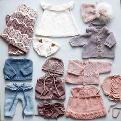 Ravelry: Min dukkegarderobe / My doll wardrobe pattern by Mette Hvitved Knitting Dolls Clothes, Sewing Dolls, Knitted Dolls, Knitting Toys, Ag Dolls, Girl Dolls, Baby Boy Knitting Patterns, Baby Patterns, Baby Born Clothes