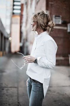 How to wear denim dress minimal chic 69 ideas for 2019 Looks Chic, Looks Style, Look Fashion, Fashion Beauty, Womens Fashion, Fashion Check, Fashion Tag, Denim Fashion, Spring Fashion