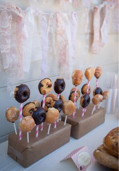GreyLikesBaby NatYourAverageGirl007 Blairs Donut Shop