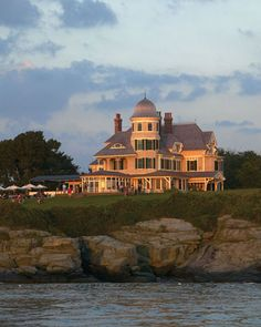 Castle Hill Inn | Newport, RI #CastleHillDreamWedding