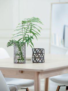 KALBY spisebord med dekor, detaljer | Classic Living | Skandinaviske hjem, nordisk design, Skandinavisk design, nordiske hjem | JYSK