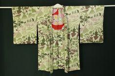 White gray haori / 灰白色地 ポップな抽象花柄 羽織   #Kimono #Japan  http://global.rakuten.com/en/store/aiyama/