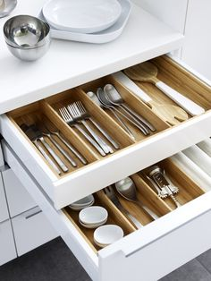 From flatware trays to spice racks, IKEA VARIERA kitchen storage fits inside drawers & cabinets to create a place for everything. This way, you'll always be able to find everything you need when you cook! Ikea New Kitchen, Ikea Kitchen Drawers, Inside Kitchen Cabinets, Kitchen Buffet, Rustic Kitchen, Kitchen Decor, Kitchen Utensils, Ikea Kitchen Drawer Organization, Kitchen Gadgets