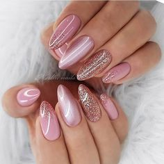 Winter 2020 Nail Trends of course many nail shapes that look incredibly beautiful. To stand out in the crowd as they do, you have to learn what to and how to apply to your nails for Here are the best and trendiest four nail shapes to apply for Pretty Nail Designs, Pretty Nail Art, Nail Art Designs, Nails Design, Sparkly Nail Designs, Glitter Nails, Gel Nails, Acrylic Nails, Nude Sparkly Nails