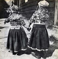 Marken, little boy (left) and girl.