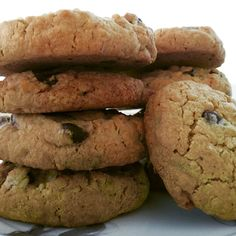 Perheen nuorison alkoi tehdä mieli keksejä, joten he esittivät toivomuksen: voisinko tehdä niitä keksejä, joita kokeilin viime viikolla, mutta siten että niihin tulisi suklaata. Edellinen kokeilu t...