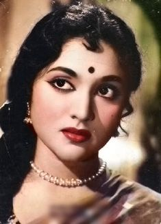 Bollywood Heroine, Bollywood Actors, Most Beautiful Indian Actress, Beautiful Actresses, Old Film Stars, Vintage Bollywood, Star Pictures, South Indian Actress, Beauty Photos
