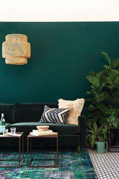 opulent green and gold living room #ModernHomeDecorideas