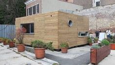 A handsome and affordable shipping container home manages to accomplish a rare feat: It captures the attention of harried, seen-it-all New Yorkers.
