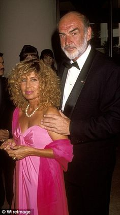 Sean Connery and his wife Micheline pictured together at an awards ceremony in California. 007 Actors, Actors & Actresses, Best Bond Girls, Sean Connery James Bond, Scottish Actors, Famous Photos, Its A Mans World, Hollywood, Famous Couples