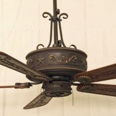 Copper Canyon Western Star Ceiling Fan features a hand painted motor housing. #WesternLighting #CeilingFan #WesternStarLighting