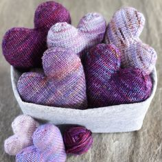 Got 50 yards of scrap yarn?  Got two hours of time?  Then you can totally have one of these hearts!