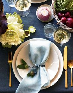 The Chicest Décor for Your Thanksgiving Tabletop via @MyDomaine