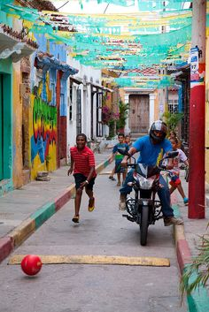 """""""People of Cartagena"""", Cartagena, Colombia. March 2014, Street View, Explore, Country, People, Cartagena Colombia, Rural Area, People Illustration, Folk"""