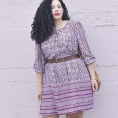 When it comes to spring wardrobes, the key is versatility. Check out this stylish yet lightweight dress which can easily transition to a summer dress by changing a few accessories. Look Plus Size, Fashion To Figure, Oversized Dress, Girl With Curves, Fashion Outfits, Dress Fashion, Style Fashion, Love Her Style, Mixing Prints