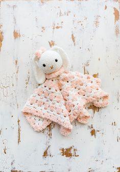 Mesmerizing Crochet an Amigurumi Rabbit Ideas. Lovely Crochet an Amigurumi Rabbit Ideas. Crochet Animal Amigurumi, Crochet Lovey, Crochet Animal Patterns, Crochet Bunny, Cute Crochet, Crochet Animals, Easy Crochet, Crochet Ideas, Crochet Toys