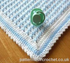 Free baby crochet pattern for crib blanket http://www.patternsforcrochet.co.uk/crib-blanket-usa.html #patternsforcrochet #freecrochetpatterns