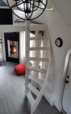 "280 Sq Ft ""Esket"" Tiny House on Wheels  <  Must watch video + hear final themesong  /  THT"