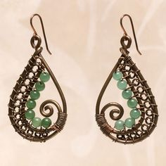 Paisley perfection (Tutorial to Buy) - like the idea to include jump rings as a way to create dimension