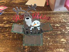 Embossing, snijmal, kerst rendier sneeuwpop, boxcard