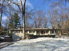 1160 Heather Way, Ann Arbor, MI 48104: Contemporary Ranch with Clean Lines and Solid Construction.
