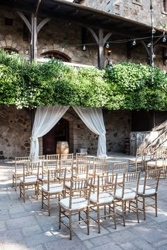 Big ideas for courtyard ceremony at V. Sattui Winery