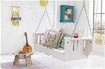 21 DIY Ways To Make Your Child's Bedroom Magical - Build an indoor swing. Swing Indoor, Porch Swing, Front Porch, Chair Swing, Diy Swing, Dream Bedroom, Girls Bedroom, Childs Bedroom, Bedroom Ideas