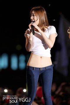 """Girls' Generation Taeyeon Famous """"Baby Tummy"""" Exposed In Fan Pictures - Koreaboo Cute Asian Girls, Beautiful Asian Girls, Cute Girls, Girls' Generation Taeyeon, Girls Generation, Korean Beauty, Asian Beauty, Tzuyu Body, Korean Actresses"""