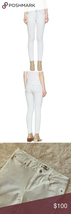 Acne Studios White Denim Skin SZ 27/32 These gently used Acne Studios white Denim jeans are from the Skin line. They come in a women's size 27/32. Acne Jeans Skinny