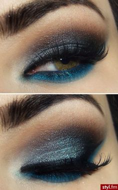 Two toned blue smokey eye.