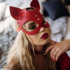 Check out our bdsm leather mask selection for the very best in unique or custom, handmade pieces from our masks shops. Catwoman Cosplay, Cosplay Gatúbela, Cosplay Costumes, Party Looks, Leather Mask, Red Leather, Vegan Leather, 30th Birthday Ideas For Women, Mode Latex