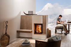 Sommerhuber; photo 2081: Tiled stove with see-through fireplace insert and fire frame solid with flute fine