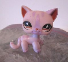 Littlest Pet Shop LPS Shorthair Pink Purple Striped CAT #933 Star Eyes Kitten #Hasbro