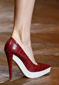 stella mccartney shoes  Fall 2012 RTW    Runway