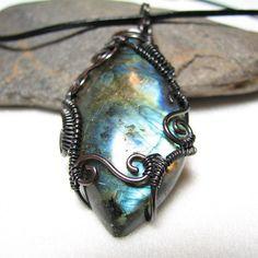 Fire blue labradorite pendant by AEnigmaSoul on Etsy, $45.00