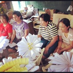 DIY Christmas wreaths workshop with the women (and beckies) of Tondo. This will be aired on Monday.
