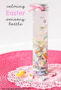 Calming sensory bottle with an easter theme for children to make and play with. Makes great alternative to chocolate. Easter Activities, Easter Crafts For Kids, Sensory Activities, Infant Activities, Activities For Kids, Spring Activities, Sensory Bins, Easter Ideas, Toddler Play