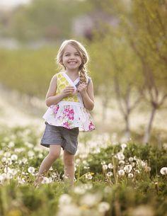 One Good Thread - Persnickety | Hazel Short  - Blue - Daffodils
