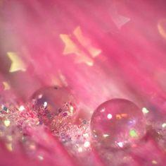 glitter, marbles & stars on pink