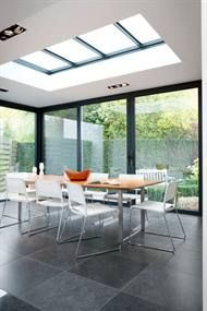25 Most Amazing Indoor Skylights To Improve Your Interiors Skylights are one of the best ways if you want to include outdoor shades into your home. This decoration emphasizes abundant natural lighting and allows your interior to become brighter Home, House Design, Skylight Design, Interior, Roof Design, Interior Design Bedroom, House Interior, Roof Skylight, Home Deco