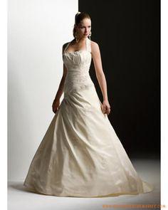 Robe de mariée bretelle au cou boutons à l'arrière
