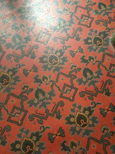 Antique Victorian linoleum imitating a Persian rug at Linley Sambourne's bathroom in Kensington Linoleum Flooring, Floors, Old Buildings, Victorian Homes, Persian Rug, Kitchen Remodel, Kitchen Ideas, Restoration, Interior Design