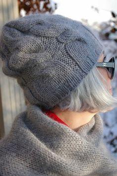 Crocheted d/'hiver femme cloche chapeau Festival Hippy vintage rose rouge 37 cadeau de Noël