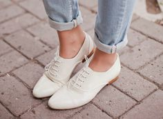 Outstanding Shoes Makes All Summer Fresh Look. Lovely Colors and Shape. Mia Dolan, Look Oxford, Noora Style, Noora Skam, Dirty Dancing, Brogues, Loafers, Shoe Collection, Cute Shoes