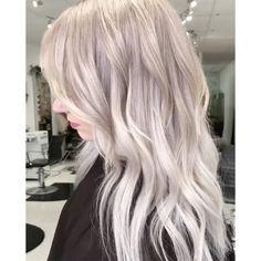Blonde Hair At Home, Ash Blonde Hair Dye, Pearl Blonde, Medium Blonde Hair, Silver Blonde Hair, Ash Blonde Balayage, Blonde Roots, Brown Ombre Hair, Platinum Blonde Hair