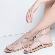 Nerine style sandals in sabbia nubuck leather rocks ! By www.most-chic.com #mostchic