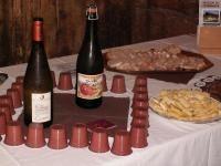 Le Grand Bornand. Visite guidée suivie d'une découverte de produits locaux (savoüet, reblochon, accompagné de biscantin et vin de Savoie) en fin de matinée, ou d'un goûter gourmand (gâteau de Savoie et jus de pomme). http://www.gpps.fr/Guides-du-Patrimoine-des-Pays-de-Savoie/Pages/Site/Visites-en-Savoie-Mont-Blanc/Genevois/Massif-des-Aravis/Le-Grand-Bornand