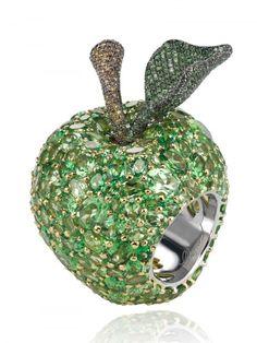 Apple Ring; Chopard