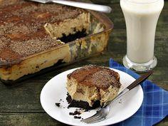 Deep Dish Brownie Crust Peanut Butter Cream Pie via @happy_foodista