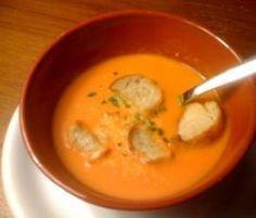 Recette Velouté de tomates à l'italienne par cookingbea - recette de la catégorie Soupes